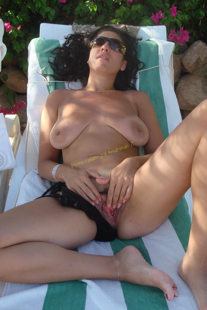 Alla mora italiana piace la sborra calda
