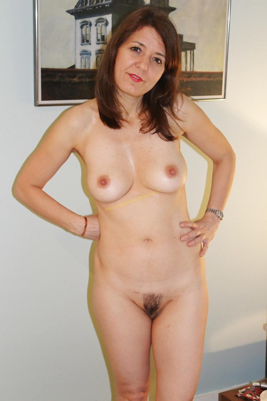 donna nuda tette fuori