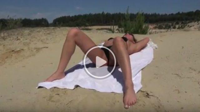 Sesso anale in spiaggia