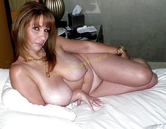 donna nuda tette grosse